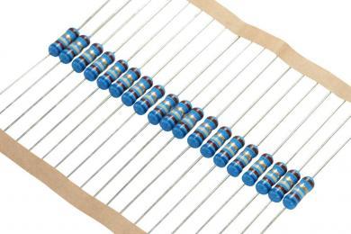 Rezistenţă cu peliculă metalică, 0207, axială, 1,8 kΩ, 0,6 W, 1 buc.